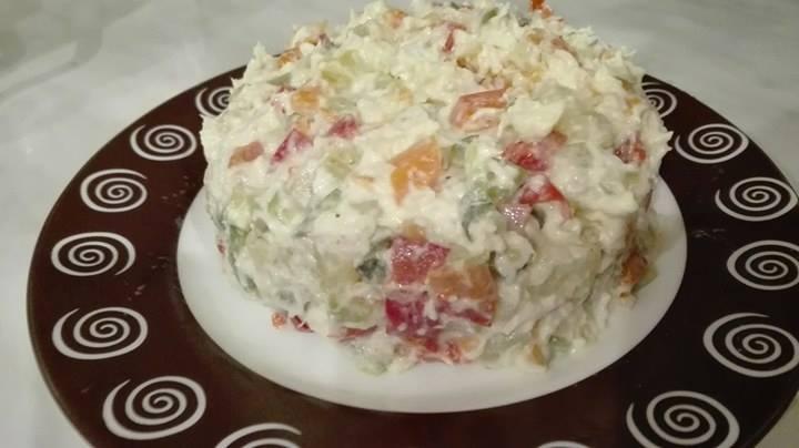 Reteta Simpla de Salata Beouf cu Carne de Pui