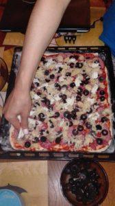 pizza inainte de cuptor