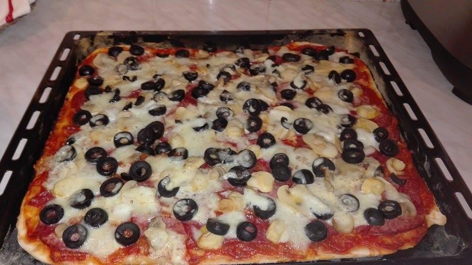 reteta pizza facuta in casa